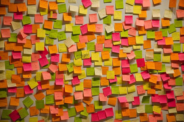Master class : Comment rafraîchir et renouveler nos idées? Le brainstorming au-delà des post-its avec Marine Agogué